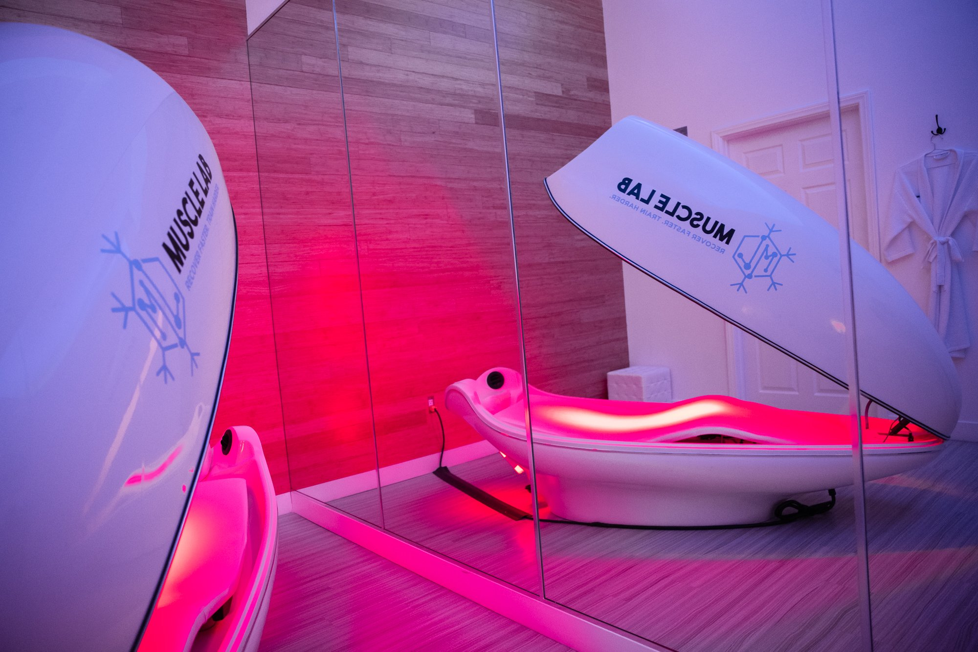 Infrared Sauna at Muscle Lab